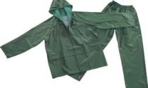 杭州大妈突发奇想穿雨衣遮阳 干活时中暑晕倒
