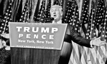 希拉里承认败选 特朗普将于明年1月20日宣誓就职