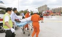 宁波医疗急救直升机在余姚首飞