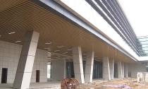 新客运中心外立面完工预计6月投入使用