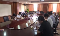 县政协界别活动周 各界别活动组政协委员分组热烈讨论